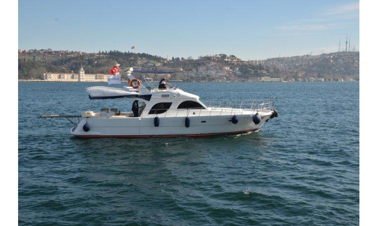 Yacht Hire
