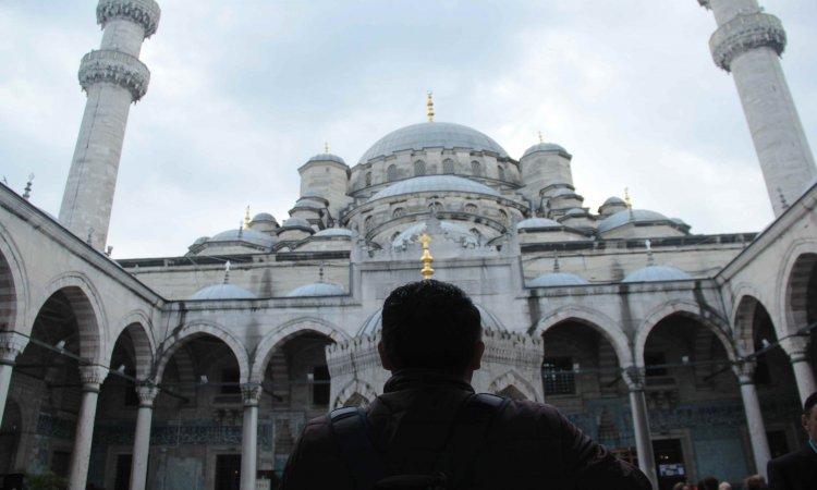 Valide Sultan Mosque