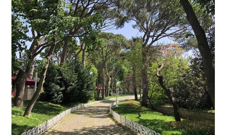 Hidiv Palace